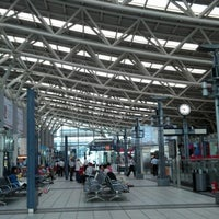 Photo taken at THSR Zuoying Station by Leon W. on 7/19/2012