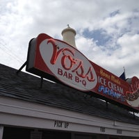 Photo taken at Voss's Bar-B-Q by Kevin M. on 7/20/2012