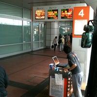 5/3/2012に(´-ω-`)が第2ターミナルバスのりばで撮った写真