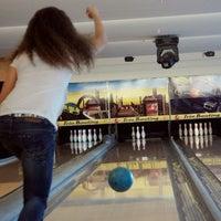 Foto tirada no(a) Shey Bowling & Cafe por Aleyna S. em 3/5/2012