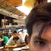 Das Foto wurde bei ร้านอาหารเยาวราช von Phubodin T. am 7/14/2012 aufgenommen