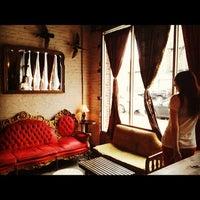 Das Foto wurde bei Duck Duck von Mary-Majella O. am 7/28/2012 aufgenommen