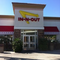 Photo taken at In-N-Out Burger by Mary B. on 3/20/2012