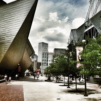 Foto tirada no(a) Denver Art Museum por Jimmy S. em 7/7/2012