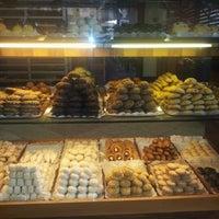 6/29/2012 tarihinde Sevki E.ziyaretçi tarafından Pan Pan Cafe & Fırın'de çekilen fotoğraf