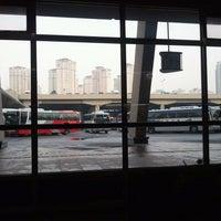 Photo taken at Seoul Express Bus Terminal by 문주 김. on 1/27/2012
