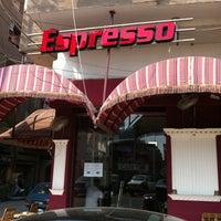 Photo taken at Stars Coffee by Sherif E. on 9/14/2011