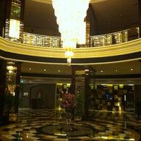 8/4/2012 tarihinde Alex G.ziyaretçi tarafından Erbil Divan Hotel'de çekilen fotoğraf