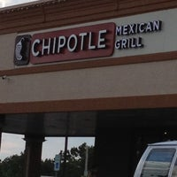 Photo taken at Chipotle Mexican Grill by Michelle Nicole M. on 7/24/2012