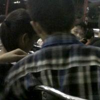 Photo taken at SMP Negeri 39 Surabaya by Okta N. on 4/13/2012