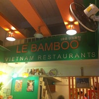 Photo taken at Le Bamboo อาหารเวียดนาม by Aod S. on 1/31/2011