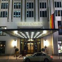 Photo taken at The Ritz-Carlton Berlin by Michèl S. on 2/14/2011