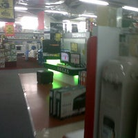 Photo taken at Electronic Solution by Nila P. on 9/22/2011