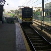 Photo taken at L1 Tren Ligero Estación Dermatológico by Edgar V. on 12/6/2011