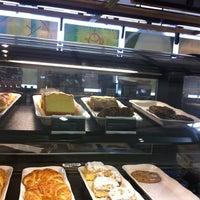 Photo taken at Starbucks by Poonam S. on 5/29/2012