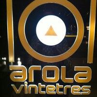 Photo taken at Restaurante Arola Vintetres by Juliana on 1/13/2012