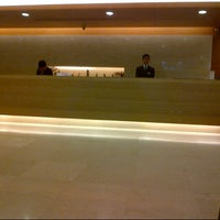 Photo taken at 六福客棧 The Leofoo Hotel by Min T. on 8/30/2012