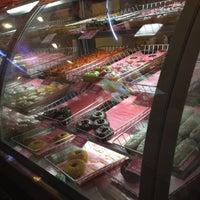 Снимок сделан в Dunkin' Donuts пользователем Lily 7/18/2012