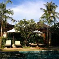 Photo taken at Pai Tan Villas by Fred T. on 4/9/2012