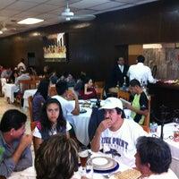 Foto tirada no(a) Restaurante Nicos por Paulina C. em 3/31/2012