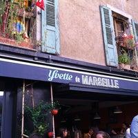 Photo prise au Yvette de Marseille par Victoria M. le8/17/2012