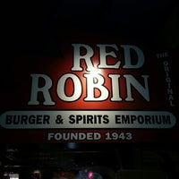 Photo taken at Red Robin Gourmet Burgers by Michael R. on 7/17/2012