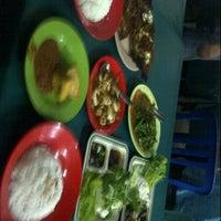 Photo taken at Sea Food Nasional by rhezty g. on 8/1/2012