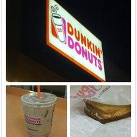 8/22/2012에 alex c.님이 Dunkin' Donuts에서 찍은 사진