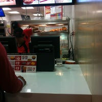 Photo taken at Kentucky Fried Chicken KFC by Azucena U. on 5/2/2012