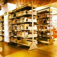 Foto tomada en Biblioteca Central UCN por Diego A. el 4/27/2012