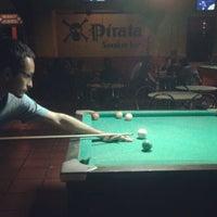 Foto tirada no(a) Pirata Snooker Bar por Gustavo F. em 4/27/2012