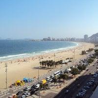 Foto tirada no(a) Atlântico Praia Hotel por luis B. em 11/16/2011