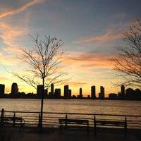 Das Foto wurde bei Hudson River Park Run von Paige L. am 1/31/2012 aufgenommen