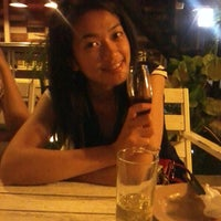 Photo taken at Mild Terrace ^_^ ระเบียง ละมุน•• by HaWaii Y. on 4/25/2012