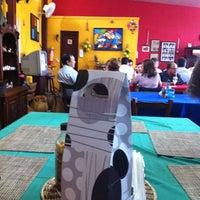 Foto tirada no(a) Tia Zelia Restaurante por Karen B. em 12/16/2011