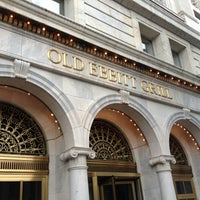 Photo taken at Old Ebbitt Grill by Peter on 8/13/2012