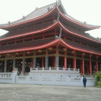 Photo taken at Sam Poo Kong Temple (Zheng He Temple) by Paridah A. on 1/16/2012
