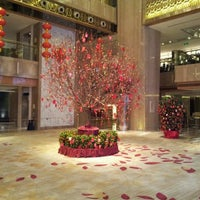 Photo taken at Sheraton Guangzhou Hotel 广州喜来登酒店 by Charles Y. on 1/12/2012