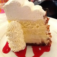 Photo taken at Serendipity 3 by Melisa S. on 8/14/2011