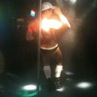 Foto tomada en Botas Bar por Mauricio E. el 8/14/2011