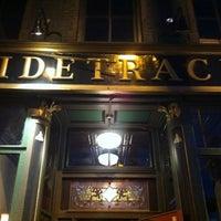 Foto diambil di Sidetrack Bar & Grill oleh Paul C. pada 5/23/2012