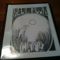 Photo taken at Blue Moon Café by Lee D. on 7/31/2011