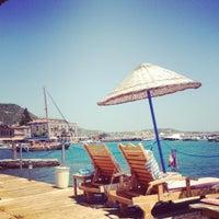 7/22/2012 tarihinde Yasin Yıldızziyaretçi tarafından Assos Antik Liman'de çekilen fotoğraf