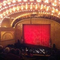 Снимок сделан в Auditorium Theatre пользователем Adonis S. 2/27/2011