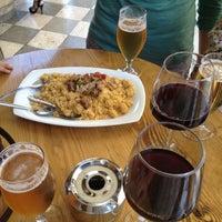 Foto tomada en Restaurante Los Manueles por David O. el 5/26/2012
