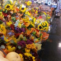 Photo taken at Sprouts Farmers Market by Alex B. on 11/2/2011