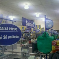 Photo taken at Lopes Supermercados by ϺΛΠΘΣL Λ. on 10/18/2011