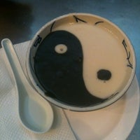 Das Foto wurde bei Dessert Republic von Lana N. am 5/5/2012 aufgenommen