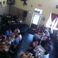 5/20/2012에 Janette B.님이 Ella's Americana Folk Art Cafe에서 찍은 사진