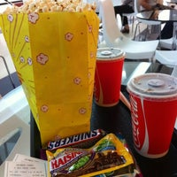 Foto tomada en Fine Arts Cinema Cafe por Jorge V. el 1/21/2012
